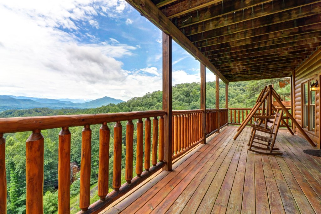 Photo of a Sevierville Cabin named Soaring Vista Cabin - This is the thirty-first photo in the set.
