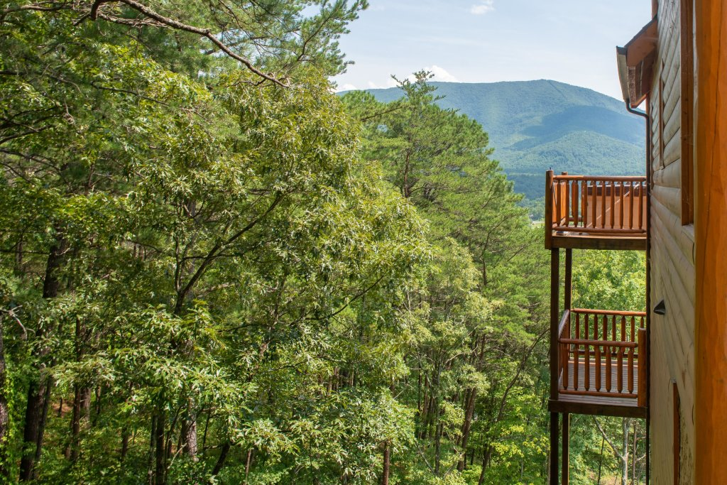 Photo of a Sevierville Cabin named Soaring Vista Cabin - This is the thirty-fifth photo in the set.
