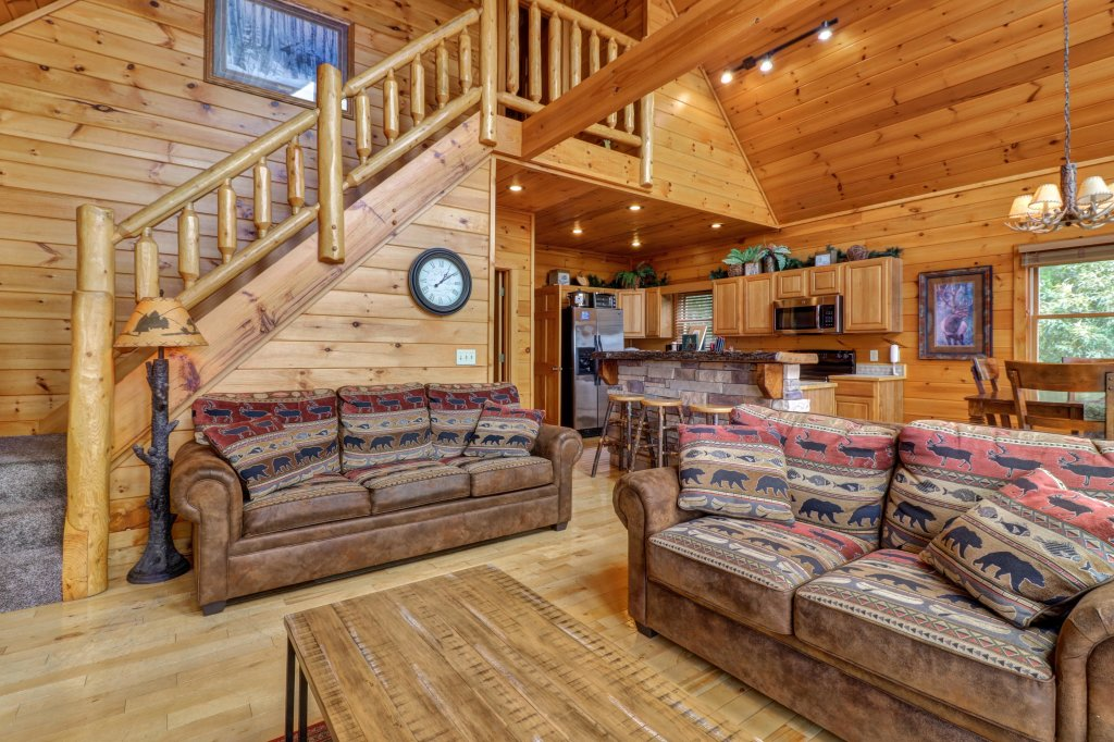 Photo of a Sevierville Cabin named Soaring Vista Cabin - This is the thirty-seventh photo in the set.