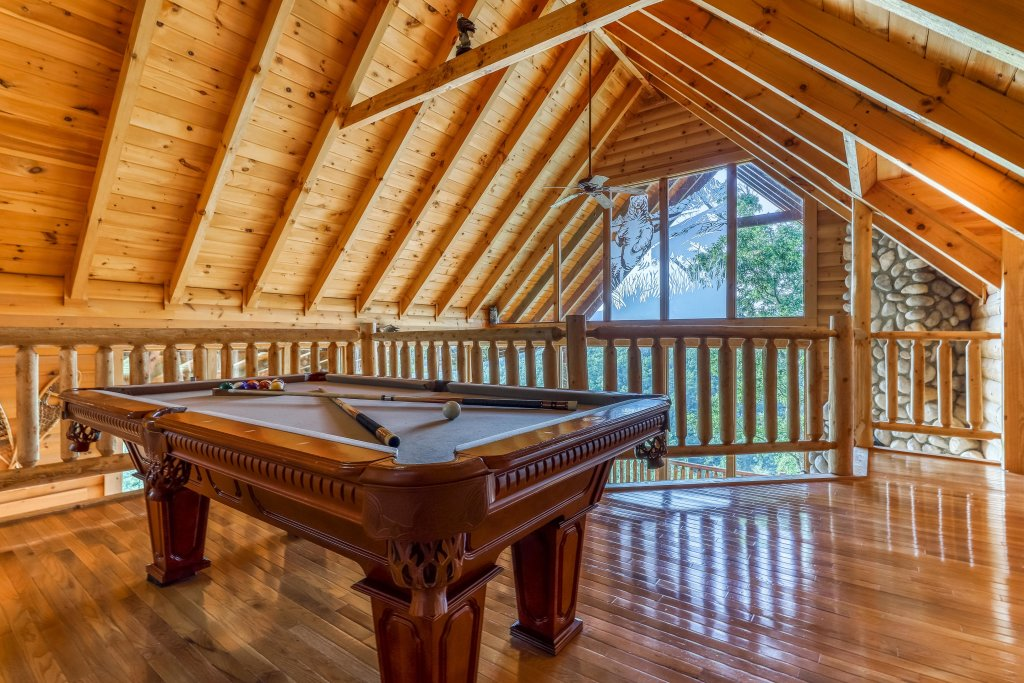 Photo of a Sevierville Cabin named Kodiak #45 - This is the eighth photo in the set.