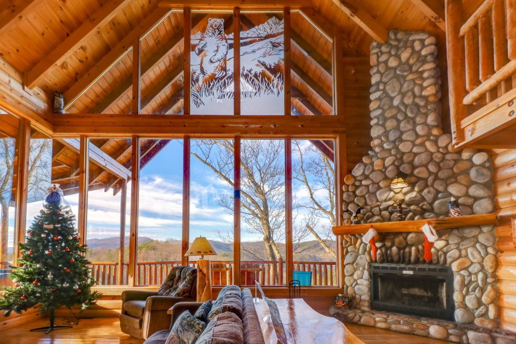 Photo of a Sevierville Cabin named Kodiak #45 - This is the first photo in the set.