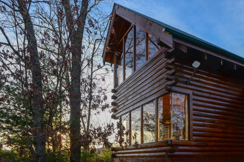 Photo of a Sevierville Cabin named Kodiak #45 - This is the fifty-eighth photo in the set.