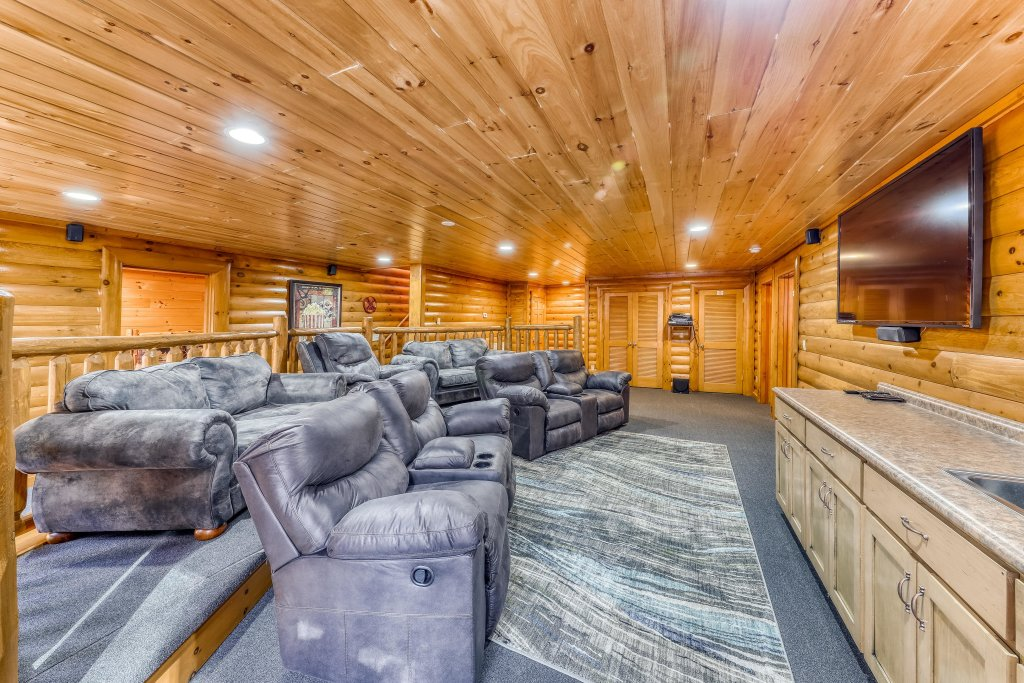 Photo of a Sevierville Cabin named Mountain Cinema Lodge - This is the first photo in the set.
