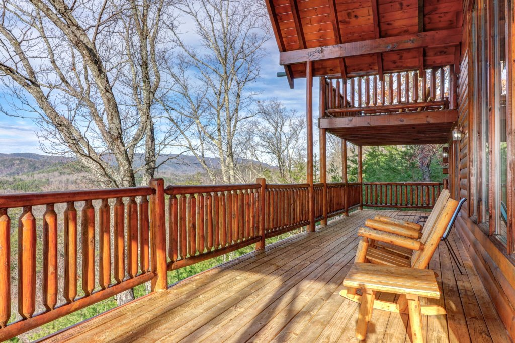 Photo of a Sevierville Cabin named Kodiak #45 - This is the fifty-ninth photo in the set.