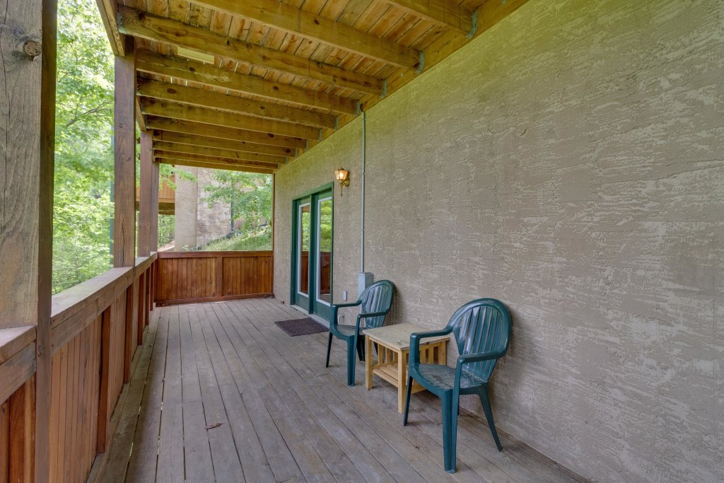 Photo of a Pigeon Forge Cabin named Moose Creek Lodge - This is the forty-third photo in the set.