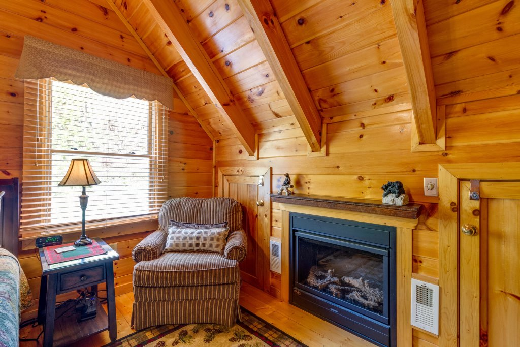 Photo of a Pigeon Forge Cabin named Tennessee Dreams - This is the fifteenth photo in the set.