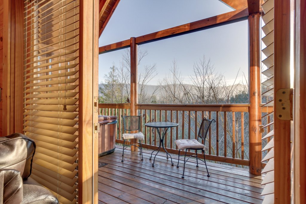 Photo of a Pigeon Forge Cabin named Tennessee Dreams - This is the twenty-sixth photo in the set.