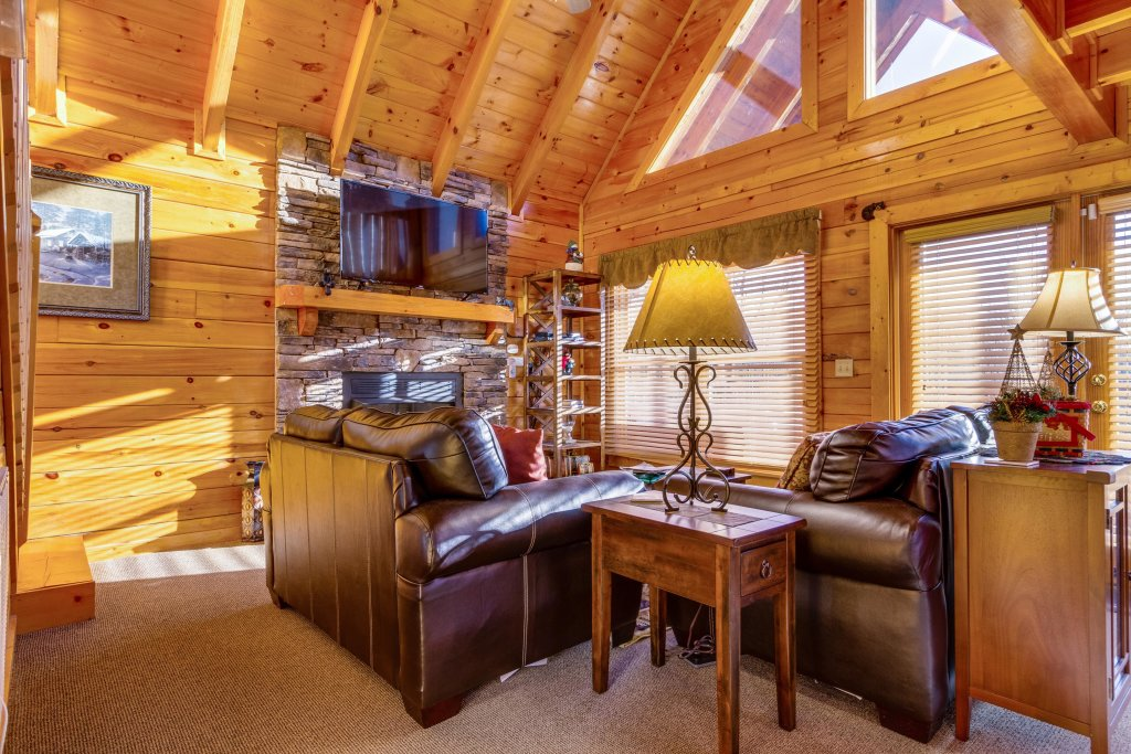 Photo of a Pigeon Forge Cabin named Tennessee Dreams - This is the eighteenth photo in the set.