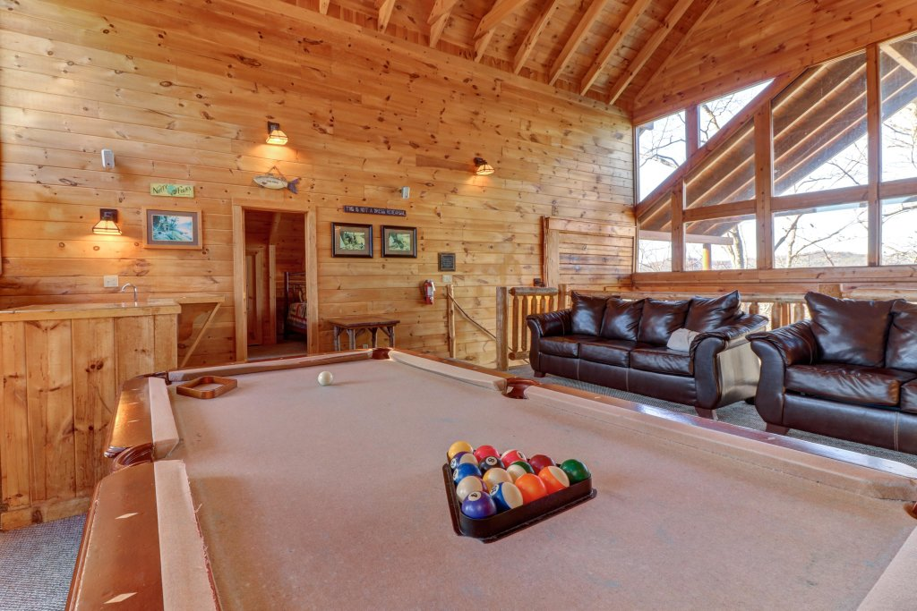 Photo of a Sevierville Cabin named Majestic View #42a - This is the tenth photo in the set.