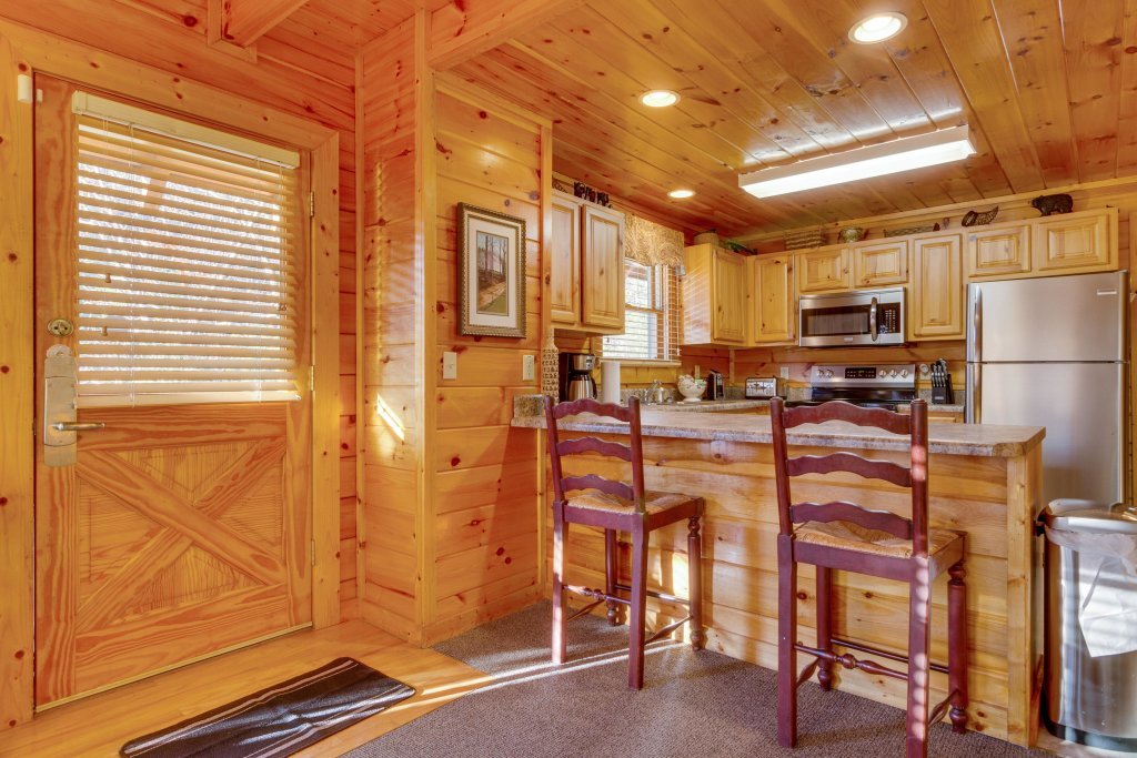 Photo of a Pigeon Forge Cabin named Tennessee Dreams - This is the ninth photo in the set.