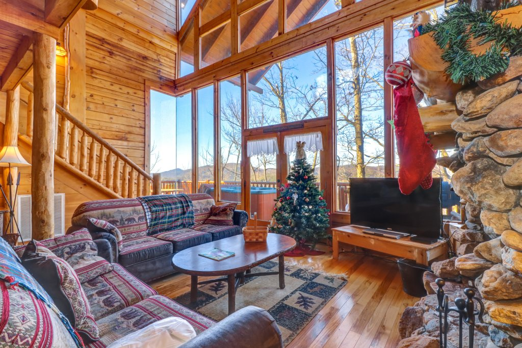 Photo of a Sevierville Cabin named Majestic View #42a - This is the twenty-eighth photo in the set.