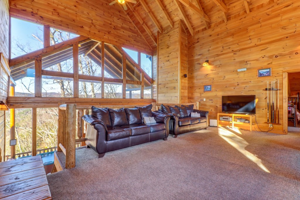 Photo of a Sevierville Cabin named Majestic View #42a - This is the thirty-first photo in the set.
