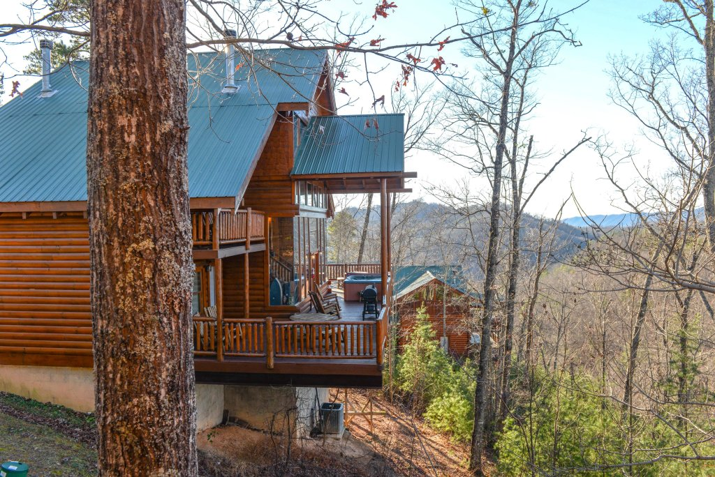 Photo of a Sevierville Cabin named Majestic View #42a - This is the forty-second photo in the set.