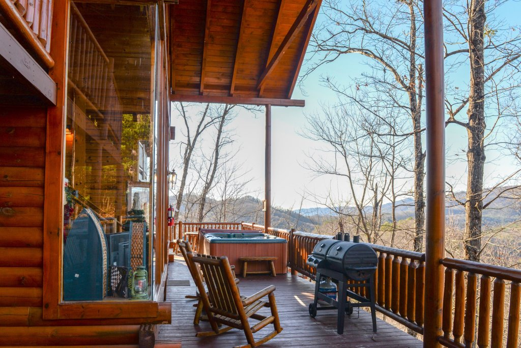 Photo of a Sevierville Cabin named Majestic View #42a - This is the forty-first photo in the set.