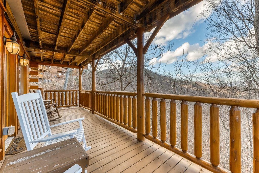 Photo of a Sevierville Cabin named Nature's Paradise - This is the twenty-fourth photo in the set.