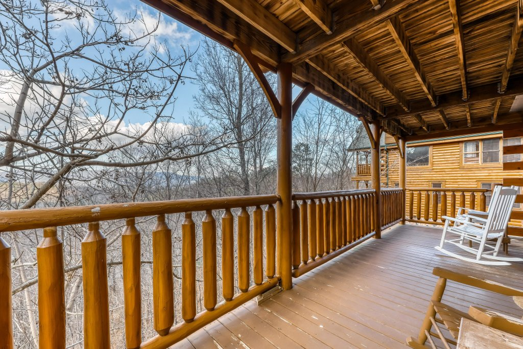 Photo of a Sevierville Cabin named Nature's Paradise - This is the twenty-fifth photo in the set.
