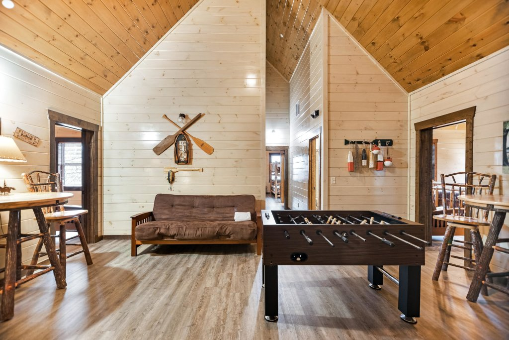 Photo of a Pigeon Forge Cabin named Aqua Dreamin' Retreat - This is the fiftieth photo in the set.