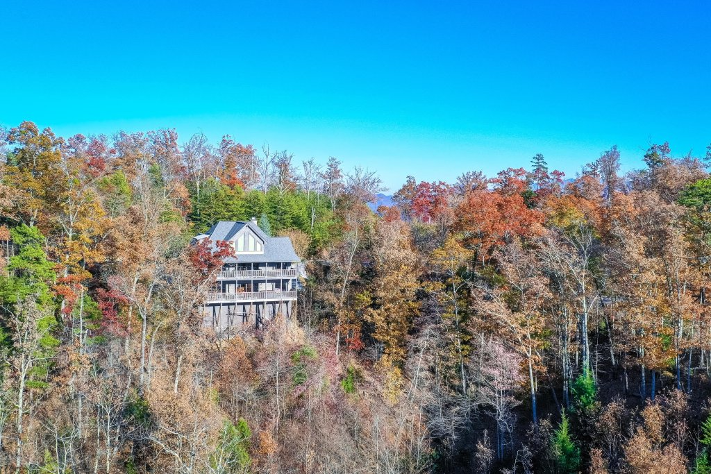 Photo of a Sevierville Cabin named The North Face - This is the forty-ninth photo in the set.