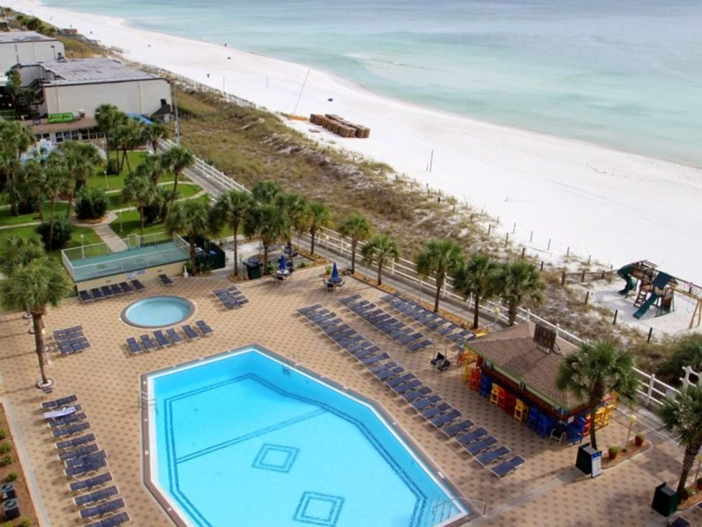 Photo of a Panama City Beach Condo named Summit 1004 - This is the twenty-first photo in the set.