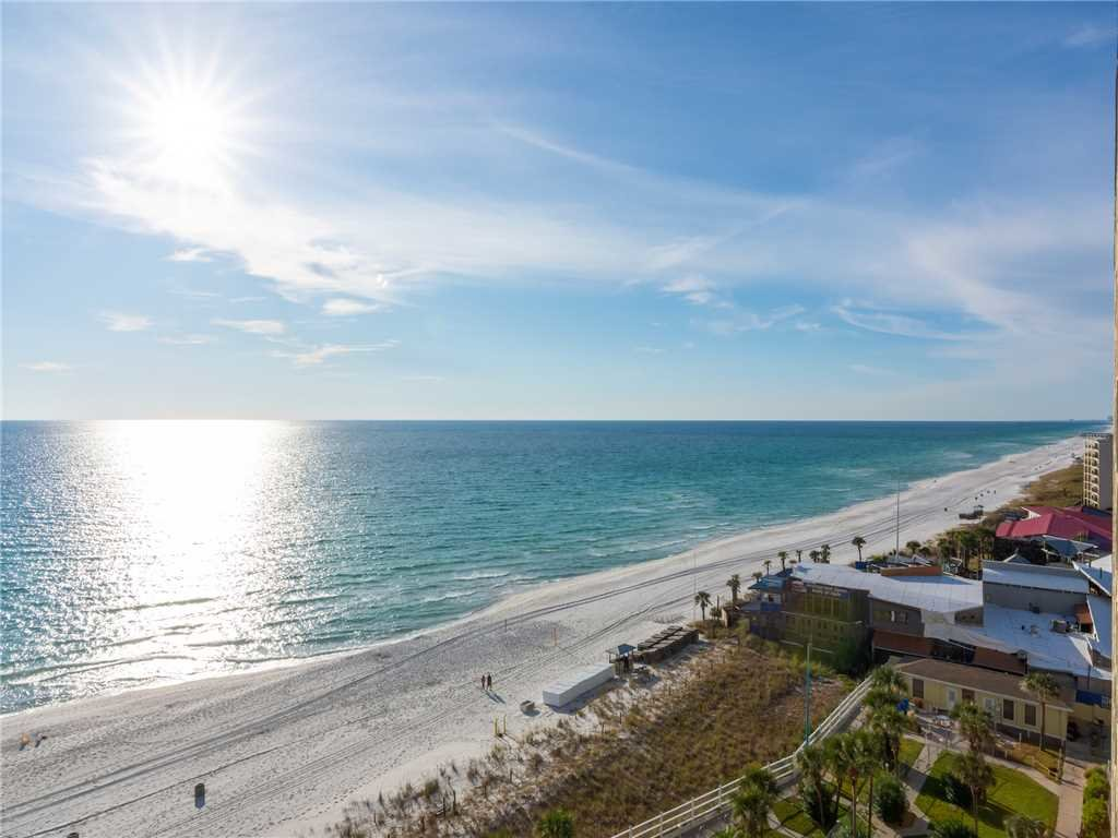 Photo of a Panama City Beach Condo named Summit 1004 - This is the twenty-second photo in the set.