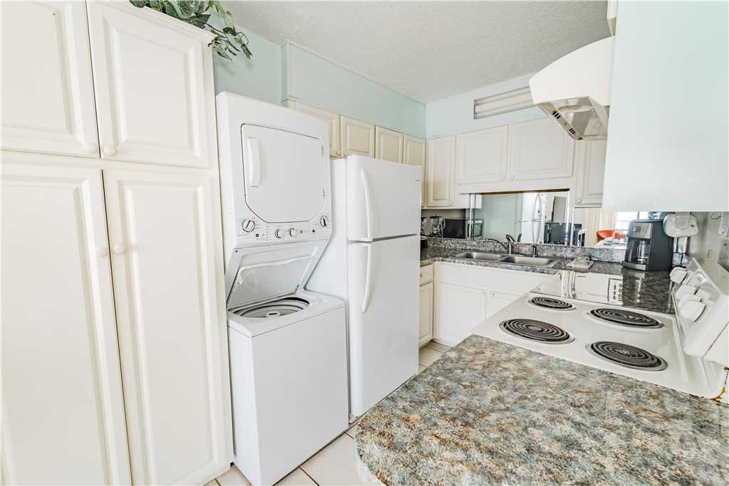 Photo of a Panama City Beach Condo named Summit 1004 - This is the seventh photo in the set.