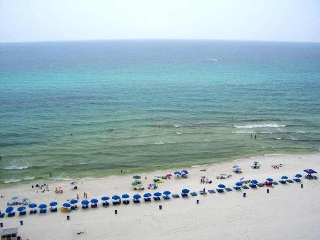 Photo of a Panama City Beach Condo named Summit 1004 - This is the twenty-fourth photo in the set.