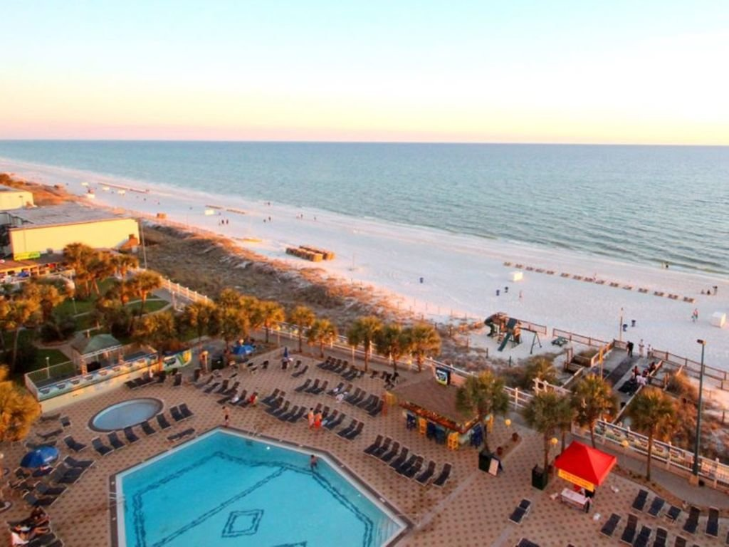 Photo of a Panama City Beach Condo named Summit 1004 - This is the twentieth photo in the set.