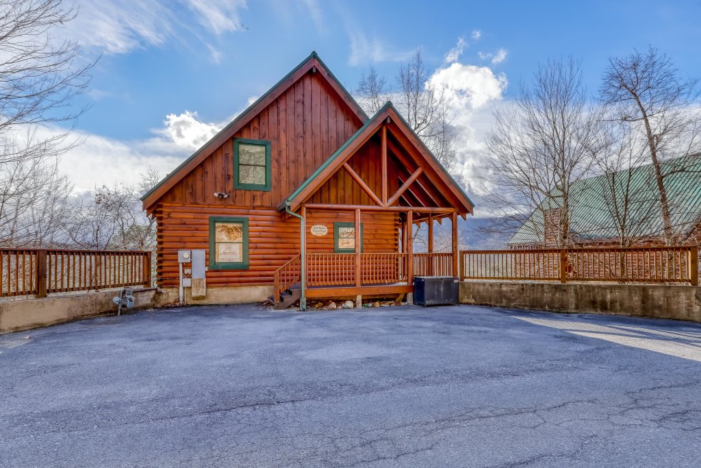 Photo of a Pigeon Forge Cabin named Vista Point - This is the forty-third photo in the set.