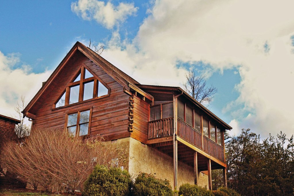 Photo of a Pigeon Forge Cabin named  The View - This is the first photo in the set.