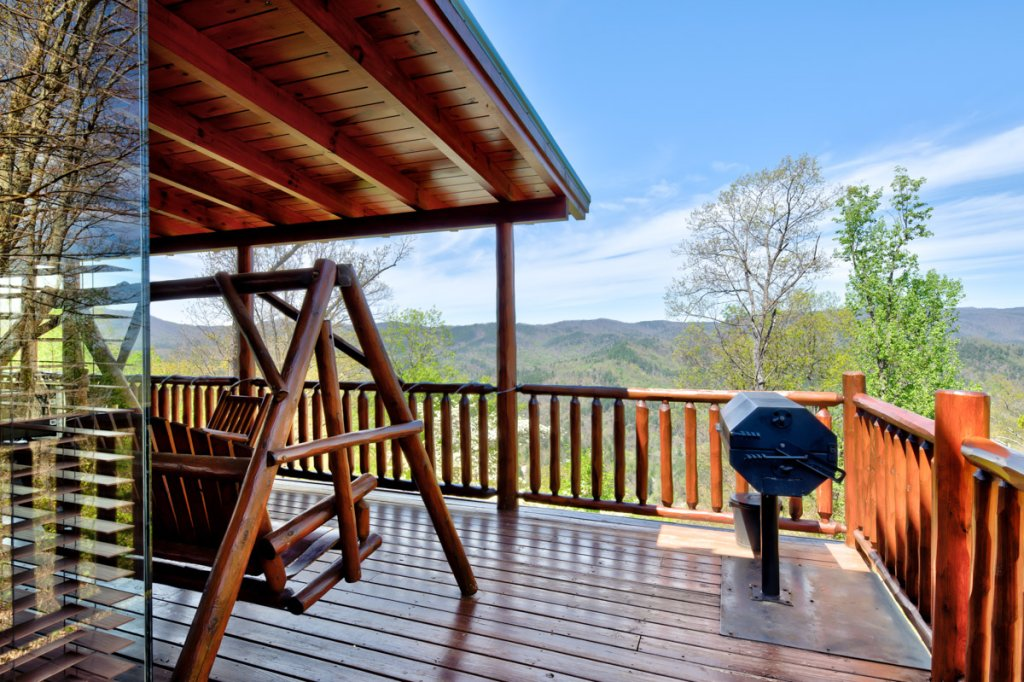 Photo of a Sevierville Cabin named Highland Lodge #61 - This is the thirty-first photo in the set.