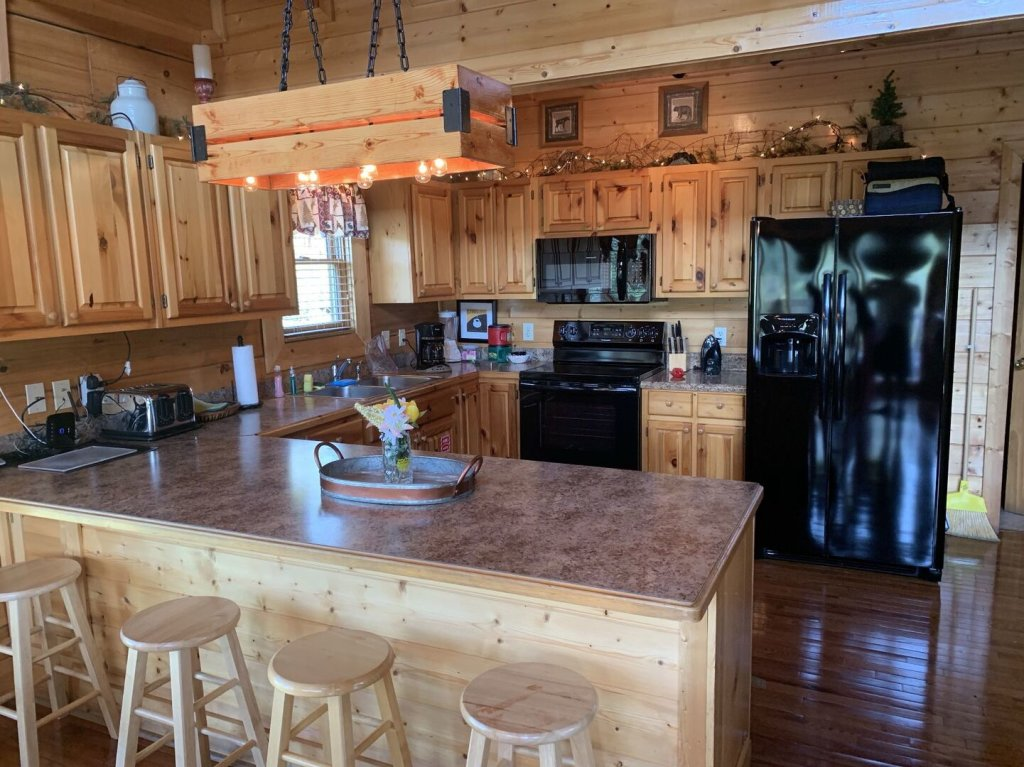 Photo of a Sevierville Cabin named  Simply The Best - This is the ninth photo in the set.