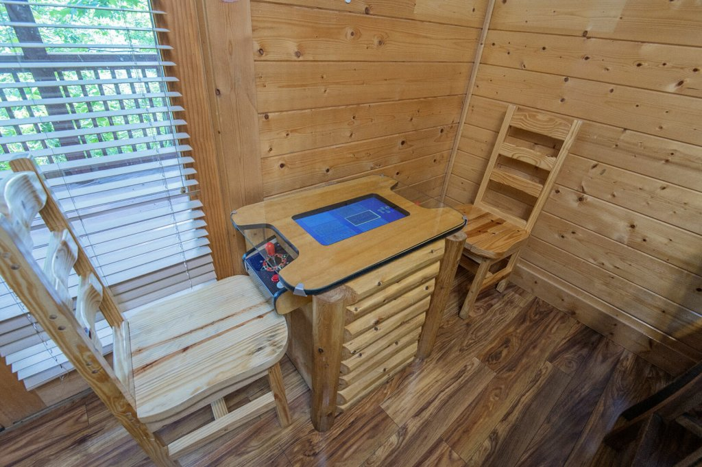 Photo of a Sevierville Cabin named  Mountain Majesty - This is the twenty-third photo in the set.
