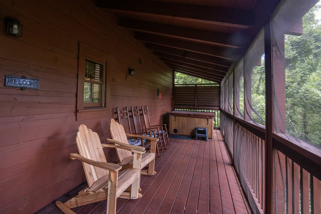 Photo of a Sevierville Cabin named  Mountain Majesty - This is the thirty-third photo in the set.