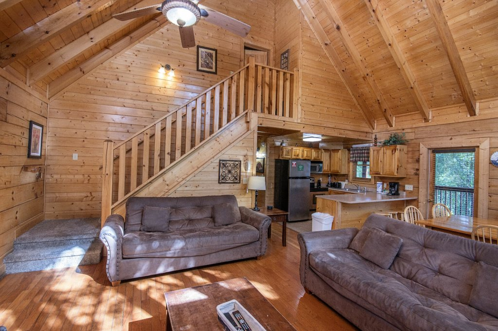 Photo of a Sevierville Cabin named  Mountain Majesty - This is the seventh photo in the set.