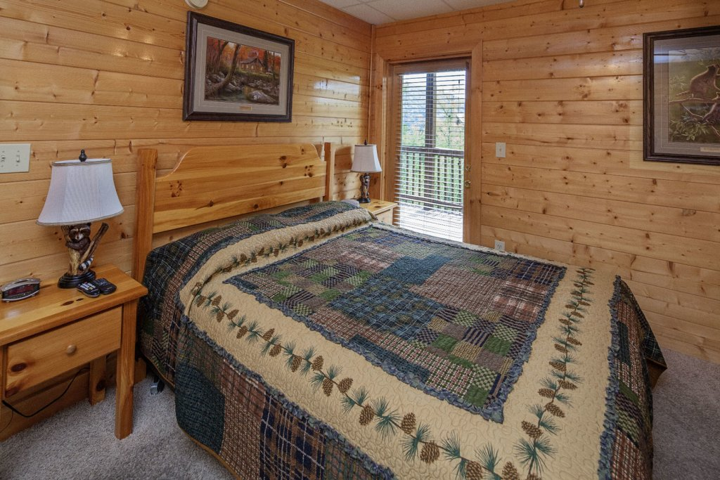 Photo of a Sevierville Cabin named  Sweet Escape - This is the twelfth photo in the set.
