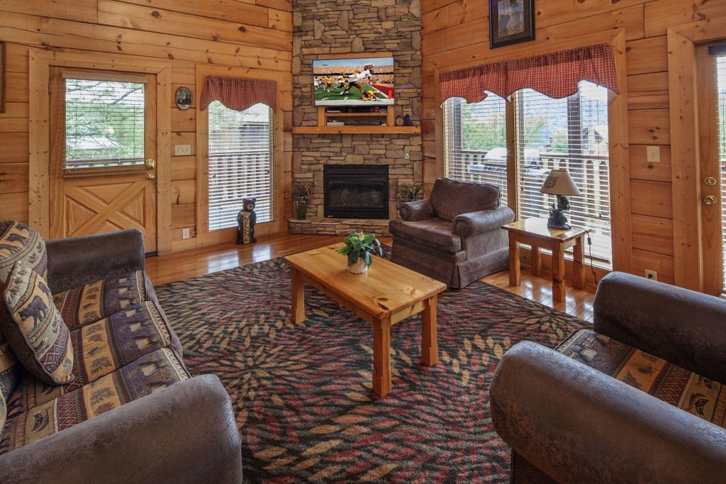Photo of a Sevierville Cabin named  Sweet Escape - This is the second photo in the set.