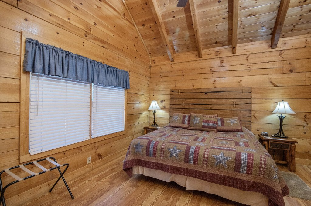 Photo of a Sevierville Cabin named  A Dream Come True - This is the eighteenth photo in the set.