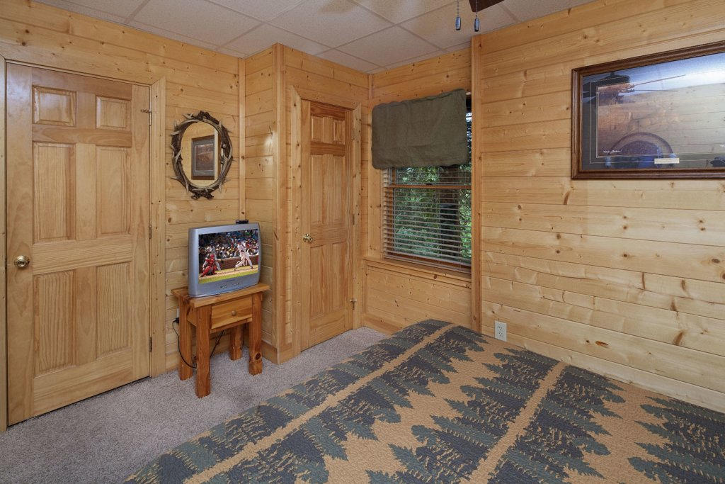 Photo of a Sevierville Cabin named  Sweet Escape - This is the eighteenth photo in the set.