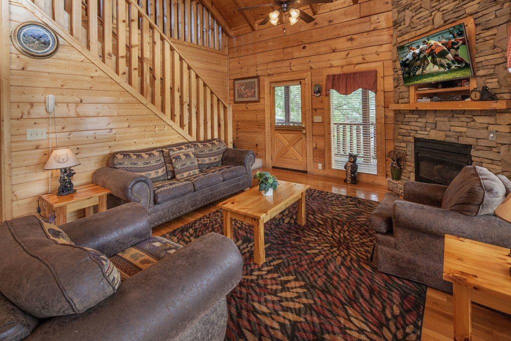 Photo of a Sevierville Cabin named  Sweet Escape - This is the third photo in the set.