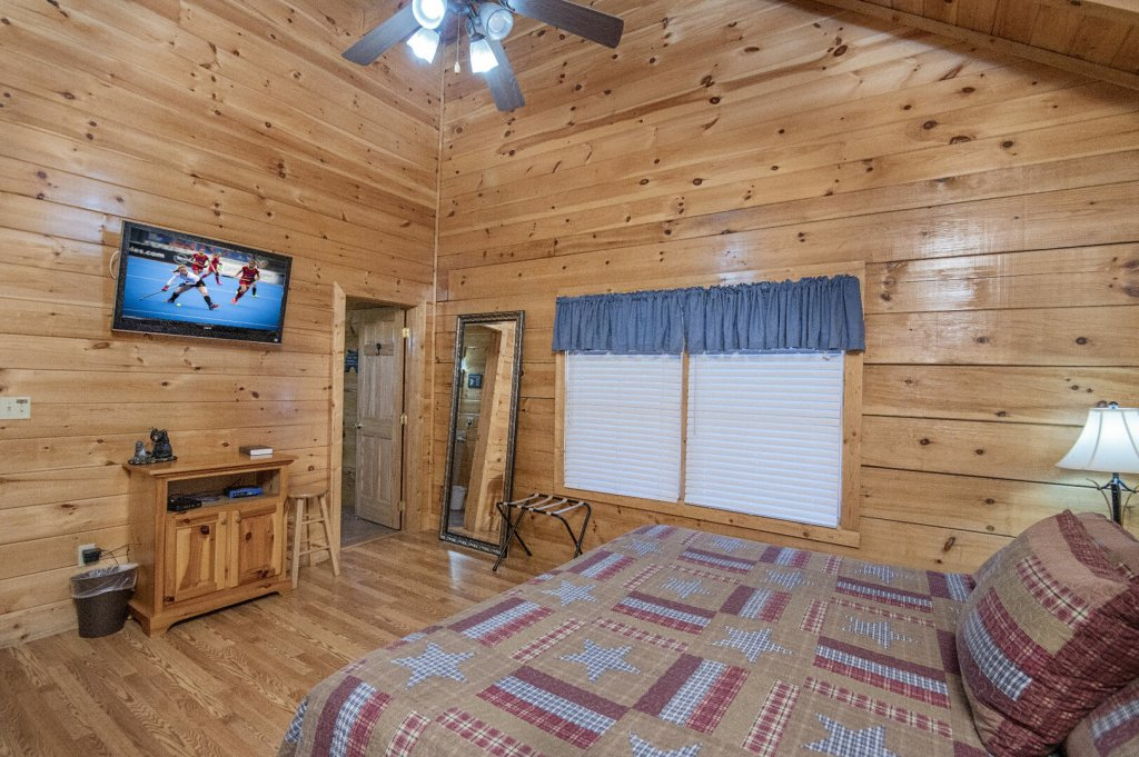 Photo of a Sevierville Cabin named  A Dream Come True - This is the fortieth photo in the set.