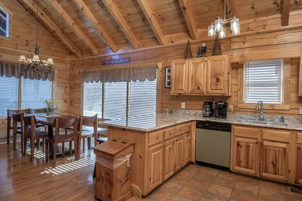 Photo of a Sevierville Cabin named  A Dream Come True - This is the seventeenth photo in the set.