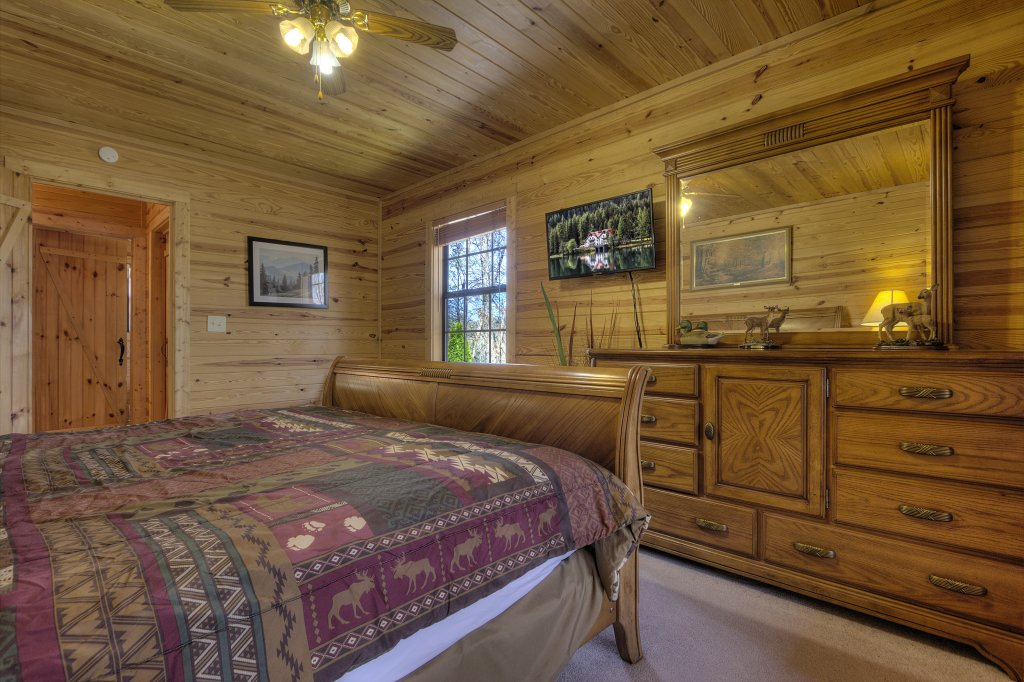 Photo of a Sevierville Cabin named Always Delightful #411 - This is the twenty-seventh photo in the set.
