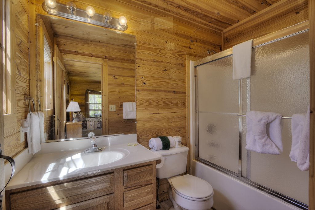 Photo of a Sevierville Cabin named Always Delightful #411 - This is the fifty-seventh photo in the set.