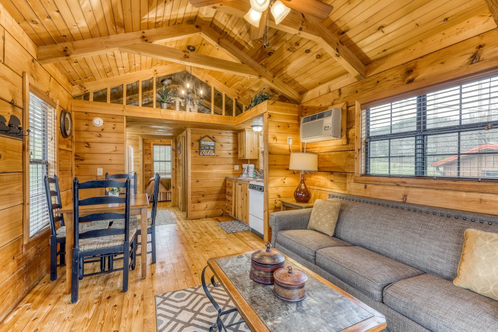 Photo of a Sevierville Cabin named Homes Away From Home - This is the fifty-third photo in the set.