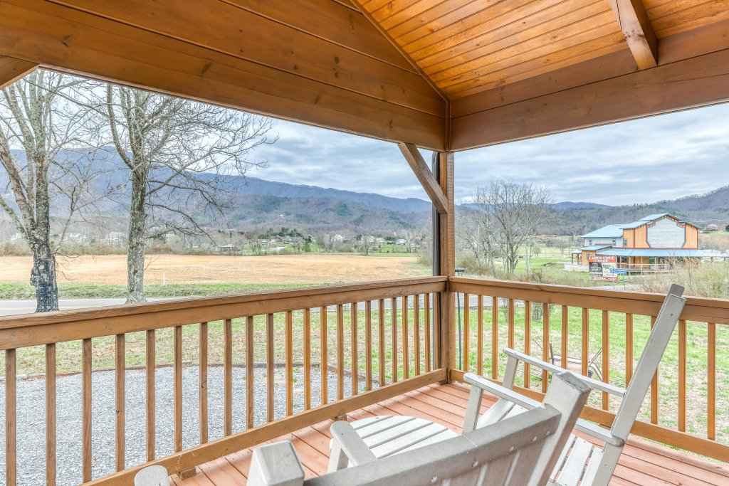 Photo of a Sevierville Cabin named Homes Away From Home - This is the sixty-second photo in the set.