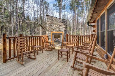 Fire In The Sky, 5brs, New Build, Hot Tub, Pool Access, Sleeps 12