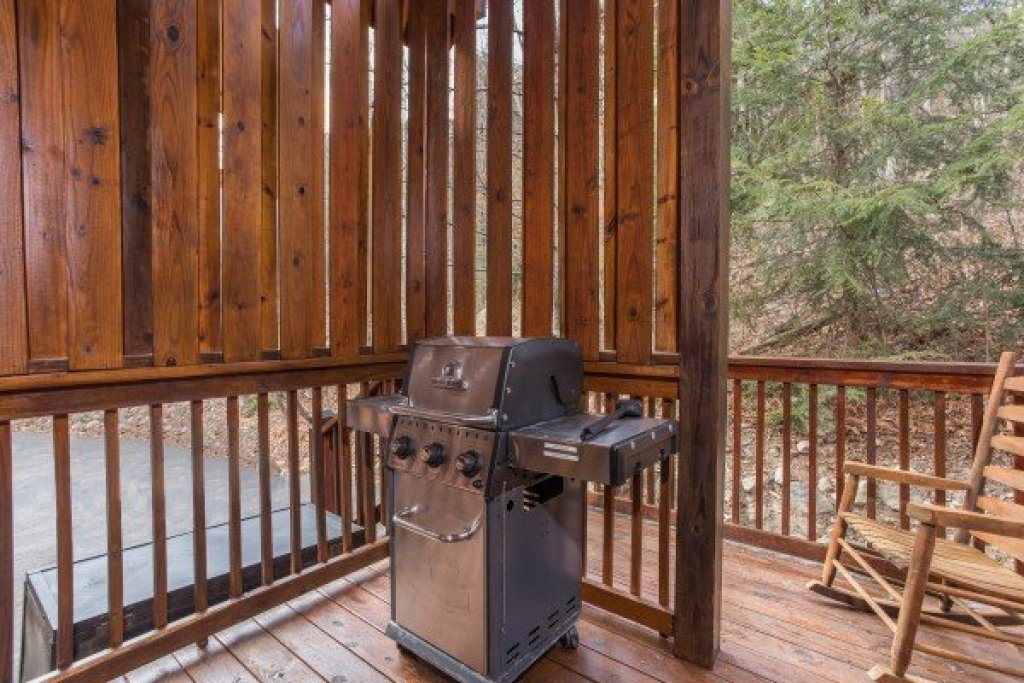 Photo of a Pigeon Forge Cabin named 5 Star Celebration - This is the sixth photo in the set.