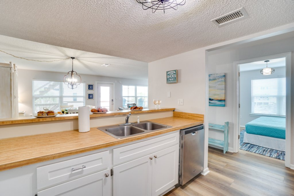 Photo of a Cape San Blas Condo named Vitamin Sea - This is the thirteenth photo in the set.