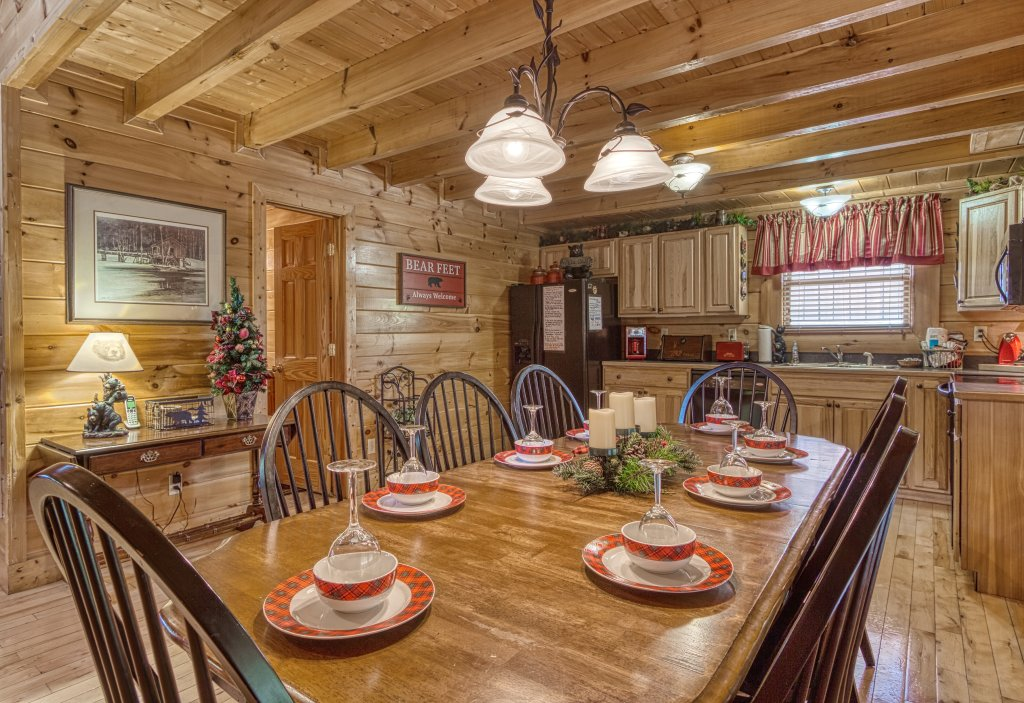 Photo of a Sevierville Cabin named Absolutely Wonderful #304 - This is the twenty-third photo in the set.