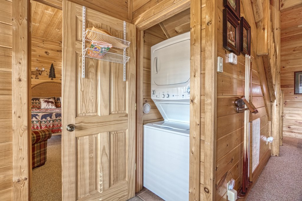 Photo of a Sevierville Cabin named Absolutely Wonderful #304 - This is the forty-fifth photo in the set.